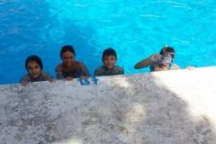 big-children-in-big-pool